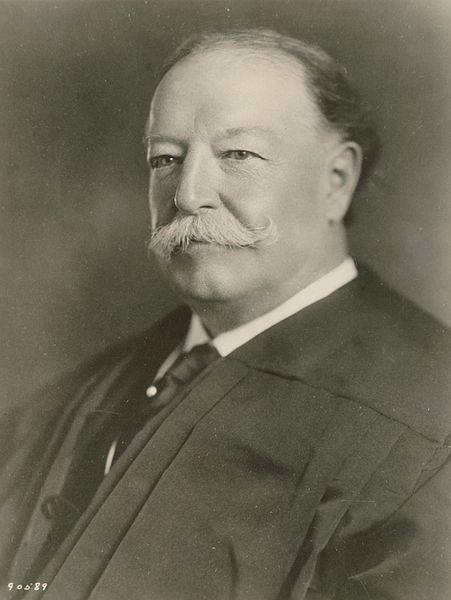 451px-William_Howard_Taft_as_Chief_Justice_SCOTUS