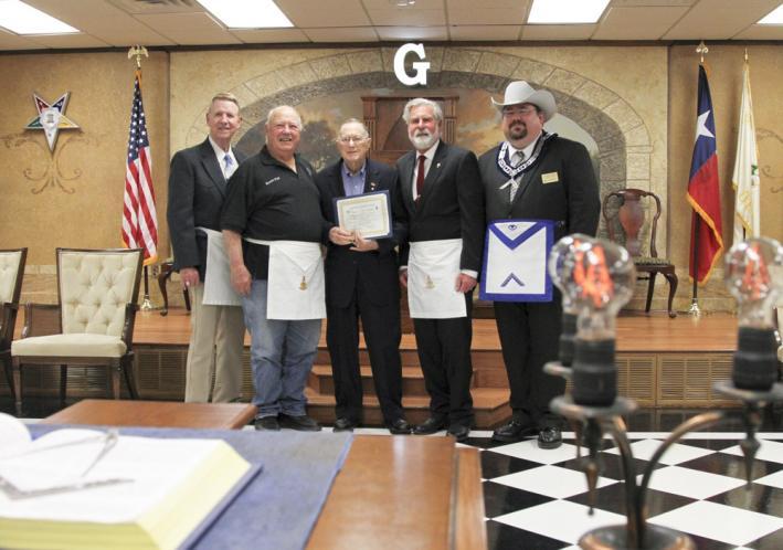 New Braunfels Masonic Lodge Honors Bill Kolodzie with Community Builder Award